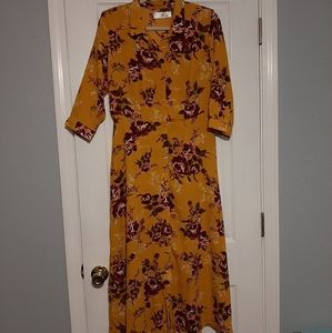 Time and Tru Mustard Floral Dress Size M - Modest